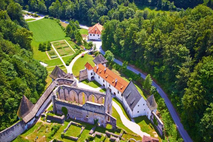 samostani-thumbnail