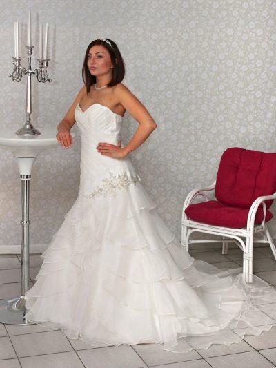 Poročna obleka Oda
